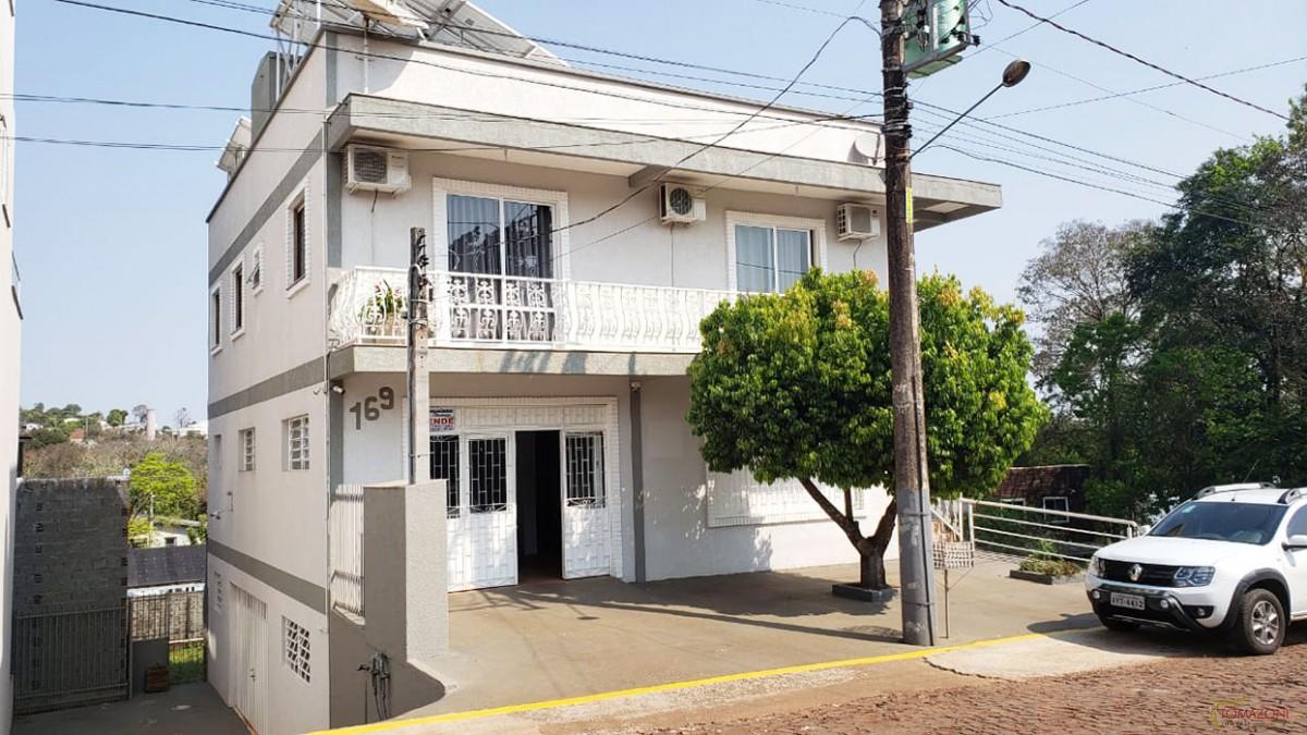Prédio comercial e residencial para venda em Frederico Westphalen/RS